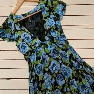 ~Free People~ Blue Floral Dress (size 6)